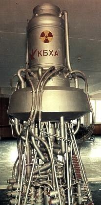 发和应用了钋-210放射性同位素电池,但发展重点却是空间核反应堆电...