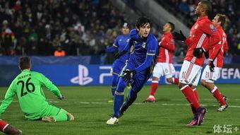 废后将军-罗斯托夫的客场确实不好打,拜仁甚至在这里输球   最后,谈到球队未...