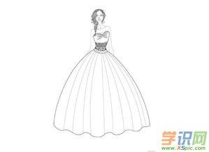 简单晚礼服设计图手稿素描