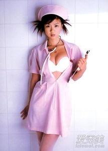 日本女星性感护士造型 制服诱惑风情万种 9