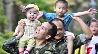 对军改,有多少军人打起背包奔向新岗位,就有多少军人的家属挑起生...