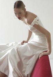 stella tayler07春夏婚纱 -:::新华网长三角频道:::