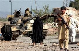 围剿塔利班的巴基斯坦军人-巴基斯坦军方宣布击毙巴塔利班头目马哈...
