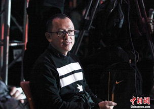 《超级偶像》第三季总冠军朱俐静.另外,直播现场还公布了网络踢馆...