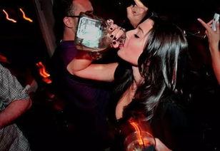 ...讳凤濂充??稿虫绔 -从喝酒方式看你是什么样的女人