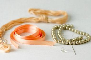 DIY华丽的丝绸串珠手链教程