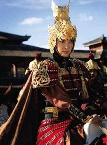 《狄仁杰之通天帝国》昨日发布了李冰冰的最新剧照,饰演上官静儿的...