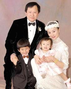 李赛凤前夫资料及照片 李赛凤与前夫义子 2