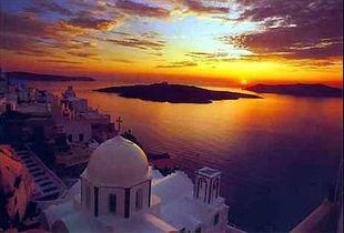 得游客注意,是世界上最美的日落...