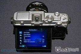 奥林巴斯E P5上手 造型复古功能全面的微单相机