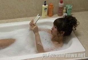 辣妈发布14岁女儿泡澡裸照被捕 涉嫌危害未成年人福利