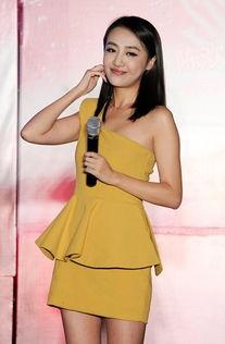 内射小嫩穴32p-明星主持人   继成功打造出朱丹   、华少后,浙江卫视中国蓝主题为