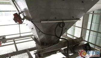 南方路机混凝土搅拌站-十年 十二台搅拌设备 南方路机放心可靠