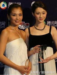 一黑干两白15p-刘涛和李小冉站在一起,两个人真是黑白之差,   同样是在一处地方,...