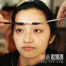 一黑操一白-修剪好以后的眉毛.   首先我们先修眉毛~眉毛在整个妆面中占有非常...