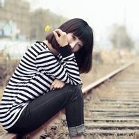 qq头像情侣不带字捂脸 捂脸情侣头像
