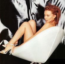 凯莉 米洛迷倒23岁DJ 热恋心情好更加漂亮