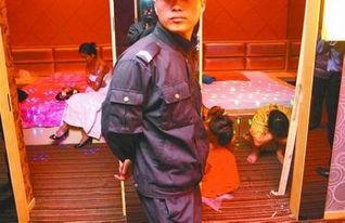 郑州警方扫黄现场直击,扫黄现场失足少女难堪图片