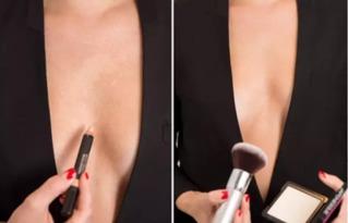 帮学姐的忙通肛门-妙用八:假装有沟   个人认为这是最聪明的遮瑕膏用法.如果你需要穿...