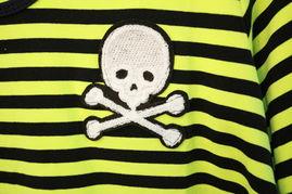 ...t 韩单荧光色骷髅贴布宽松纯棉中长短袖圆领T恤