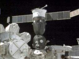 太空上拍的联盟1号飞船的外景