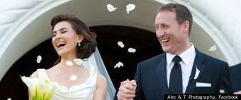 ...世界小姐 社交网站上秀婚照