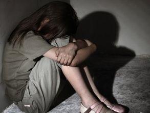 学一女生被6名女子殴打并强行拍裸照上传到QQ空间.3月2日下午,文...