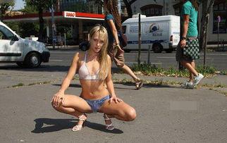 令人惊叹的人体彩绘艺术,全裸美女被画师画条内衣裤就敢大摇大摆...