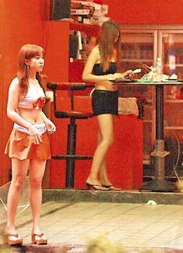 ...槟榔西施更进行性交易,成为性工作者.-揭秘台湾 槟榔西施 的生活