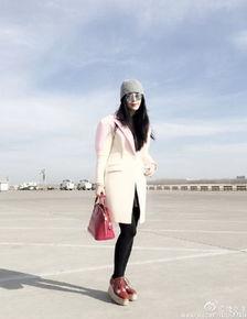 姐也色王梦溪-今日,范冰冰在微博晒出美照,引发网友追捧.照片中,她身穿浅色长...