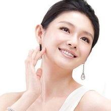 鼻子的种类-1)理想型鼻 鼻梁挺立,鼻尖圆阔,鼻翼大小适度,鼻型与脸型、眼型...