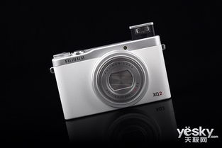 transfur1-富士XQ2配备了用途广泛的F1.8及4倍光学变焦镜头,并具有新近推出...