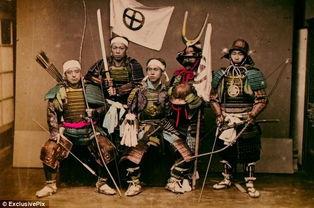 ...片揭示19世纪日本武士 刨腹自杀前的仪式