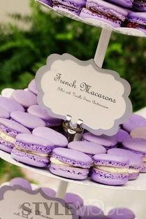 六合彩图一抹红尘-婚礼上的小糕点、喜糖也可以一并用紫色的设计,传统式的红色、粉色...