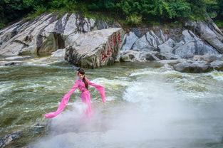 仙圣古河-海选阶段完满落幕   燕子河大峡谷优美的自然景观被赋予古老的传奇色...