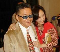 中国台湾网5月17日消息 据台媒报道,李敖的女儿李文上周遭人用酒瓶...