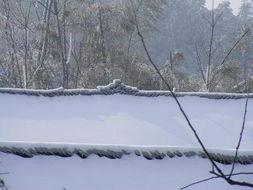 雨雪冰冻袭击湖南 部分旅游景点暂停开放