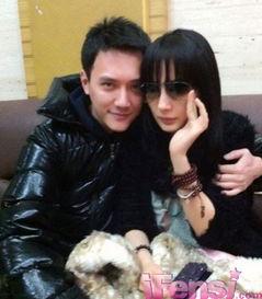 胤川和rara是恋人吧-花言花语:杨幂和冯绍峰现实生活中的恋情,真假难辨,其实只是我们...