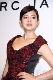 起追的女孩》获亚洲电影大奖最佳女主角提名的陈妍希,单纯、甜美的...