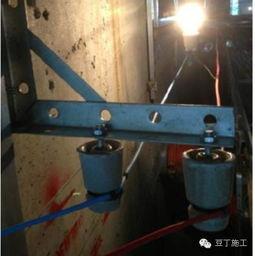 :36V电压、楼梯防护   2.成品保护:楼梯踏步保护   3)4F裙楼屋面   从...