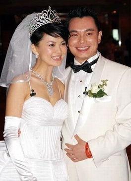 友在内地某著名论坛上报料说,李湘正在家人的支持下,准备向法院起...