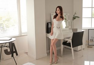...女,颜值妩媚,高跟肉丝美腿,性感美艳 用户5942572340