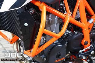 2013 KTM 690 DUKE R 大量补品
