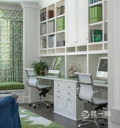 ...覆盖了办公室的压抑气氛,两台电脑适合一家三口.-6款小户型书房...