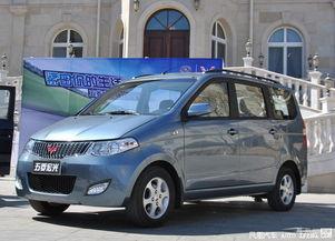 五菱宏光自动挡车型2014年上市 综合油耗最低7.8L
