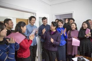 的信念.   李小千社长表示,顾主任的讲话是对杂志社全体员工的巨大...
