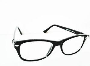 眼镜怎样矫正视力