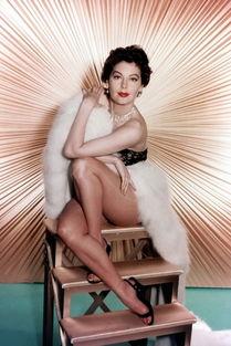 艾娃-加德纳Ava Gardner(1922-1990)《绣巾蒙面盗》中,艾娃扮演的...