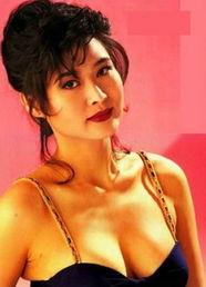 亚军后演出多部三级片《我为卿狂》、《卿本佳人》一炮而红,当时她...