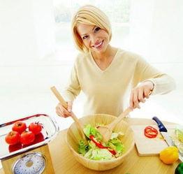 经期食谱:女性经期饮食攻略:[7]滋补茶